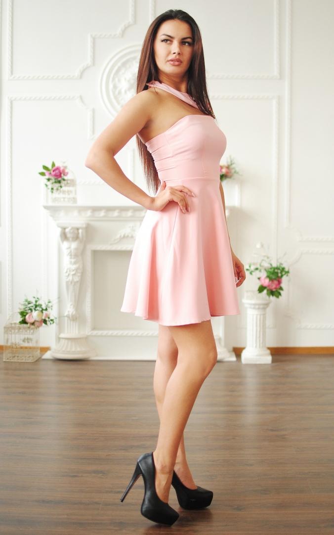 Коктейльна сукня в рожевому кольорі
