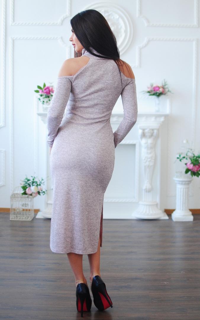 Елегантна сукня з розрізами