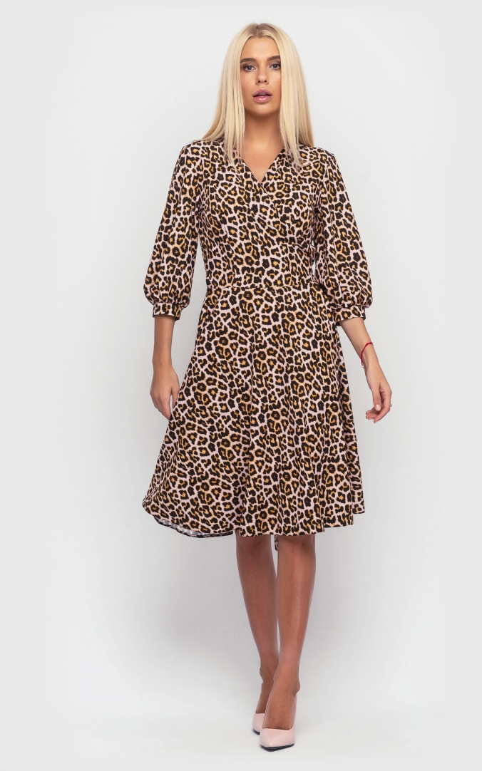 Wrapped dress with a print (brown)