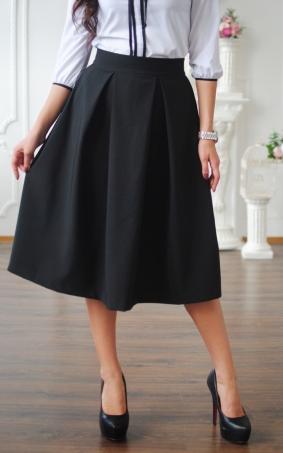 Расклешенная однотонная юбка
