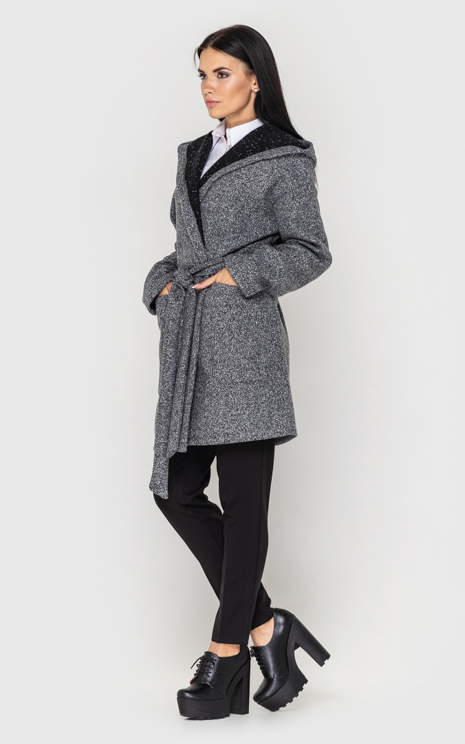 Cardigan with a belt and a hood (light gray)
