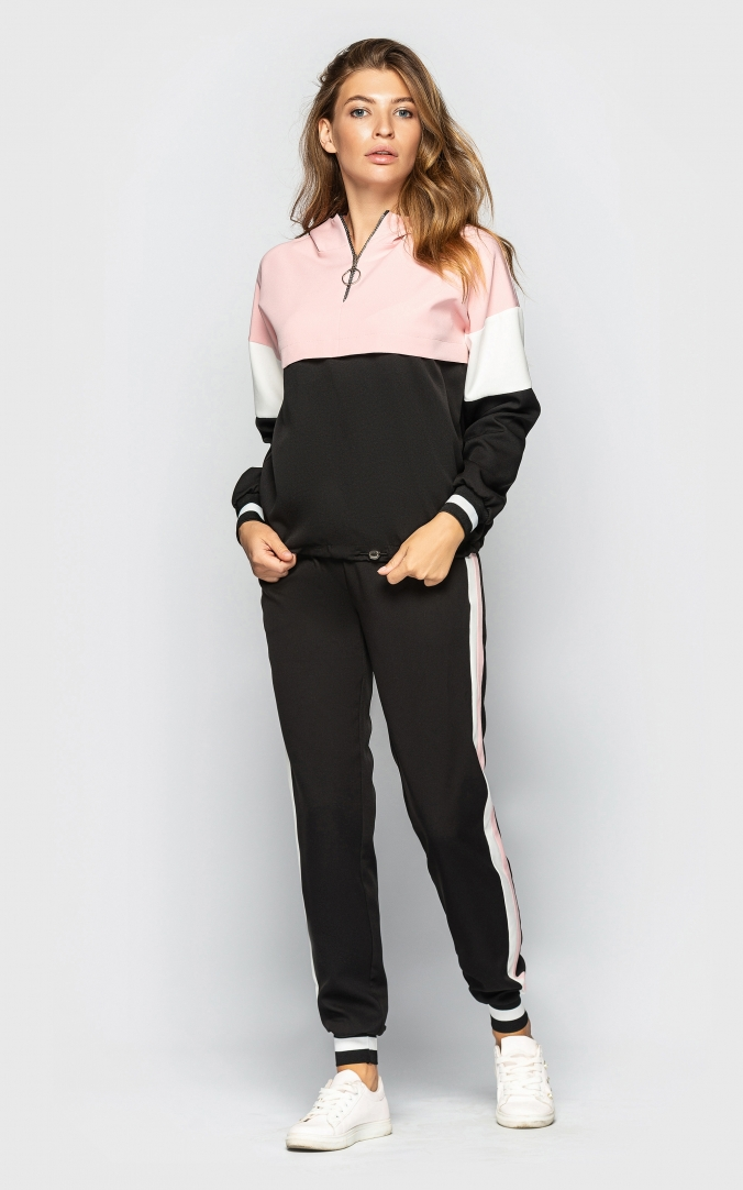 Sports suit with a hood (black-beige)