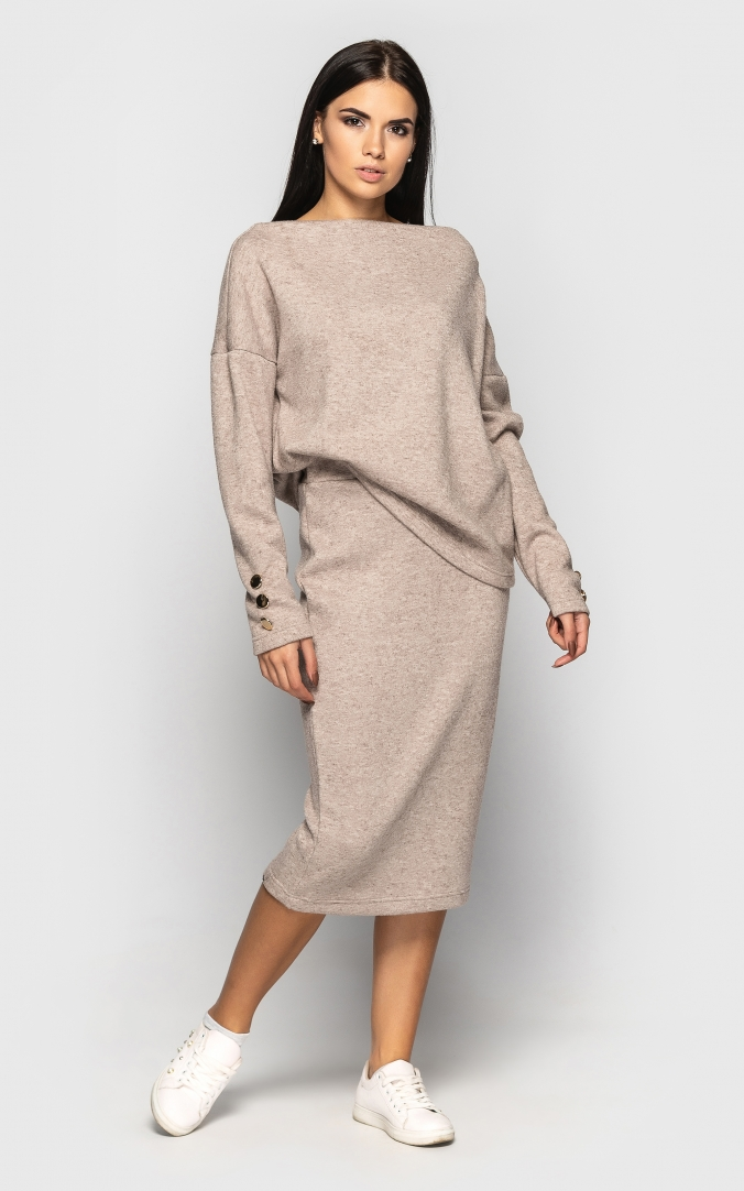 Warm suit with skirt (beige)
