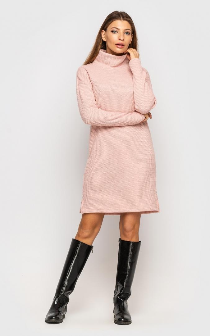 Теплое вязаное платье (персик)