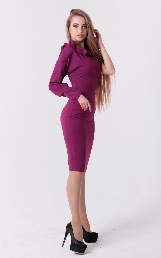 Ефектна сукня рюша