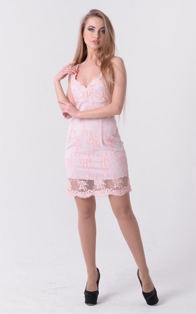 Коктейльное вышитое платье