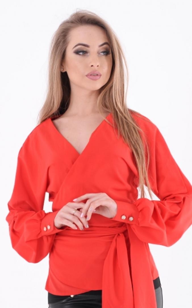 Original blouse neckline