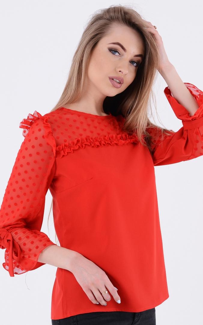 Легка блузка рюші