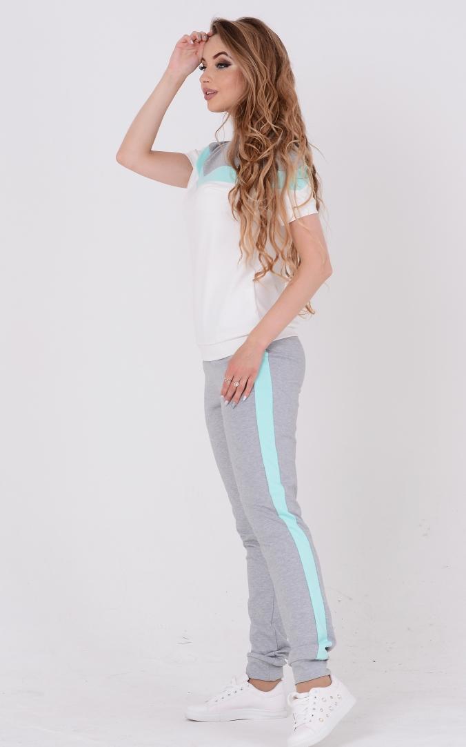 Лаконичный двухцветный костюм (серый-бирюзовый)