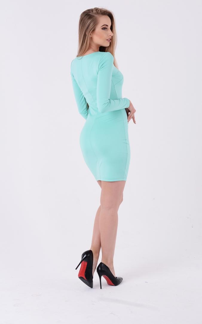 Короткое платье с круглым вырезом